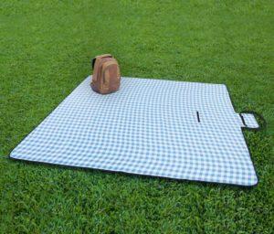Best Waterproof Backing Blanket for Outdoor