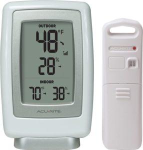 AcuRite 00611 Best Indoor Outdoor Thermometer with Wireless Temperature Sensor & Hygrometer